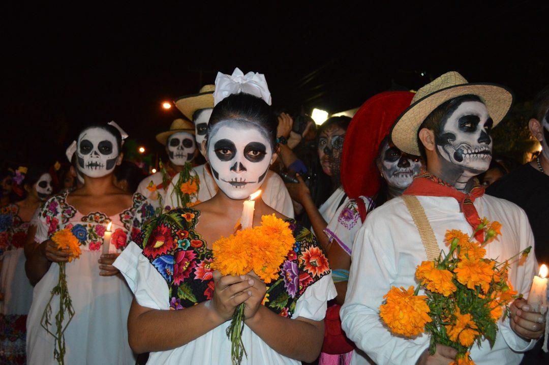 Feier Totentag Mexiko