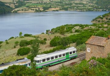 Trenino Verde mit Eisenbahner Häuschen