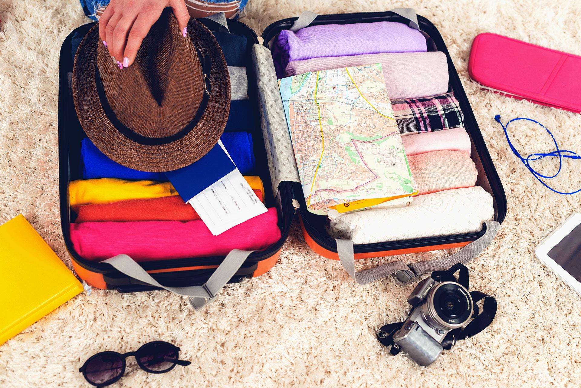 Handgepäckskoffer geöffnet