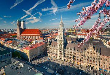 Blick auf München in Frühling