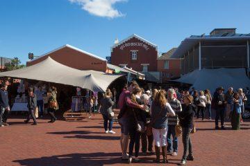 Neighbourgoods Market bei der Old Biscuit Mill in Kapstadt