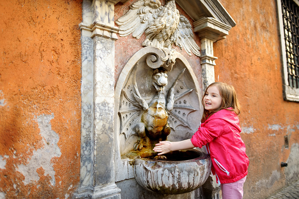 Water for drinking in Rome